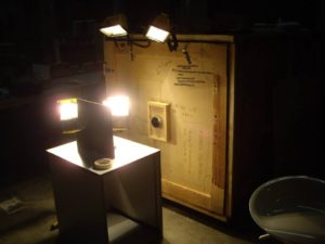 Andrew set up with Halogen lights, for their optimal UV output.